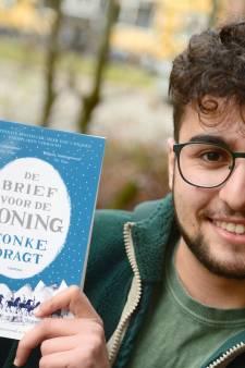 Deniz Dönmez (20), benjamin in politiek Enschede, vertrekt na verkiezingen: 'Ik heb geprobeerd betekenisvol te zijn'