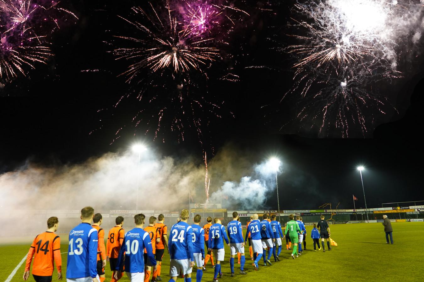 Verlangen naar de voetbalderby's in de Betuwe: De Bataven - RKHVV.