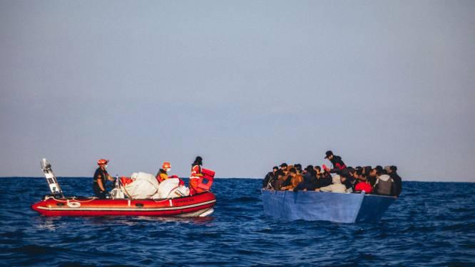 Situatie op reddingsschip voor Italiaanse kust verergert