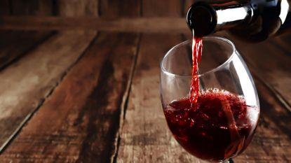 """""""Ieder glas alcohol vormt gezondheidsrisico"""": nieuwe grootschalige studie is pleidooi voor abstinentie"""