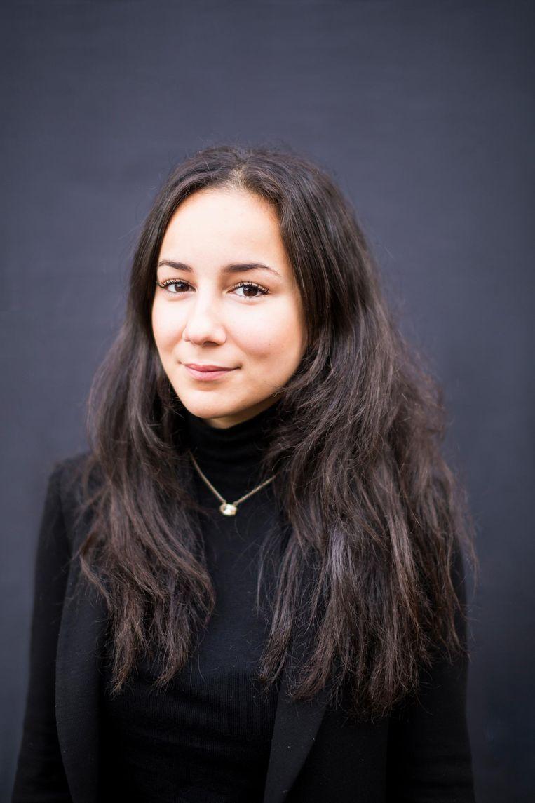 Yasmina El Ouardani (21), Student universitaire pabo UvA, pr-coördinator Amsterdam United Beeld Eva Plevier