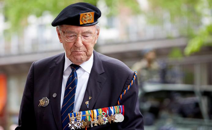 Rudi Hemmes in 2015 tijdens het defilé ter herdenking van de bevrijding van Den Haag.