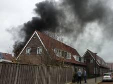 Forse rookontwikkeling bij schuurbrand in Enschede