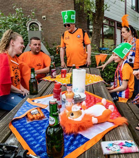 Peiling: Oost-Nederland steunt Oranje vooral thuis en met het eigen gezin, maar mist toch ook de kroeg
