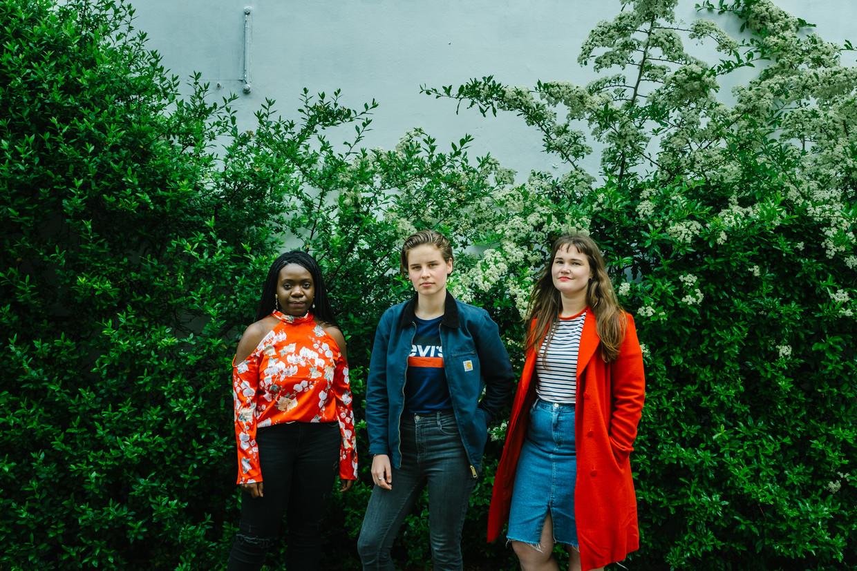 Nozizwe Dube, Anuna De Wever en Eline Van Hooydonck.