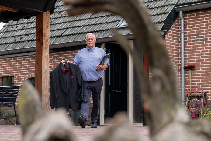 Hans van Es ziet uit naar de eerste kooravond: 'In je uppie zingen, daar is niets aan'.