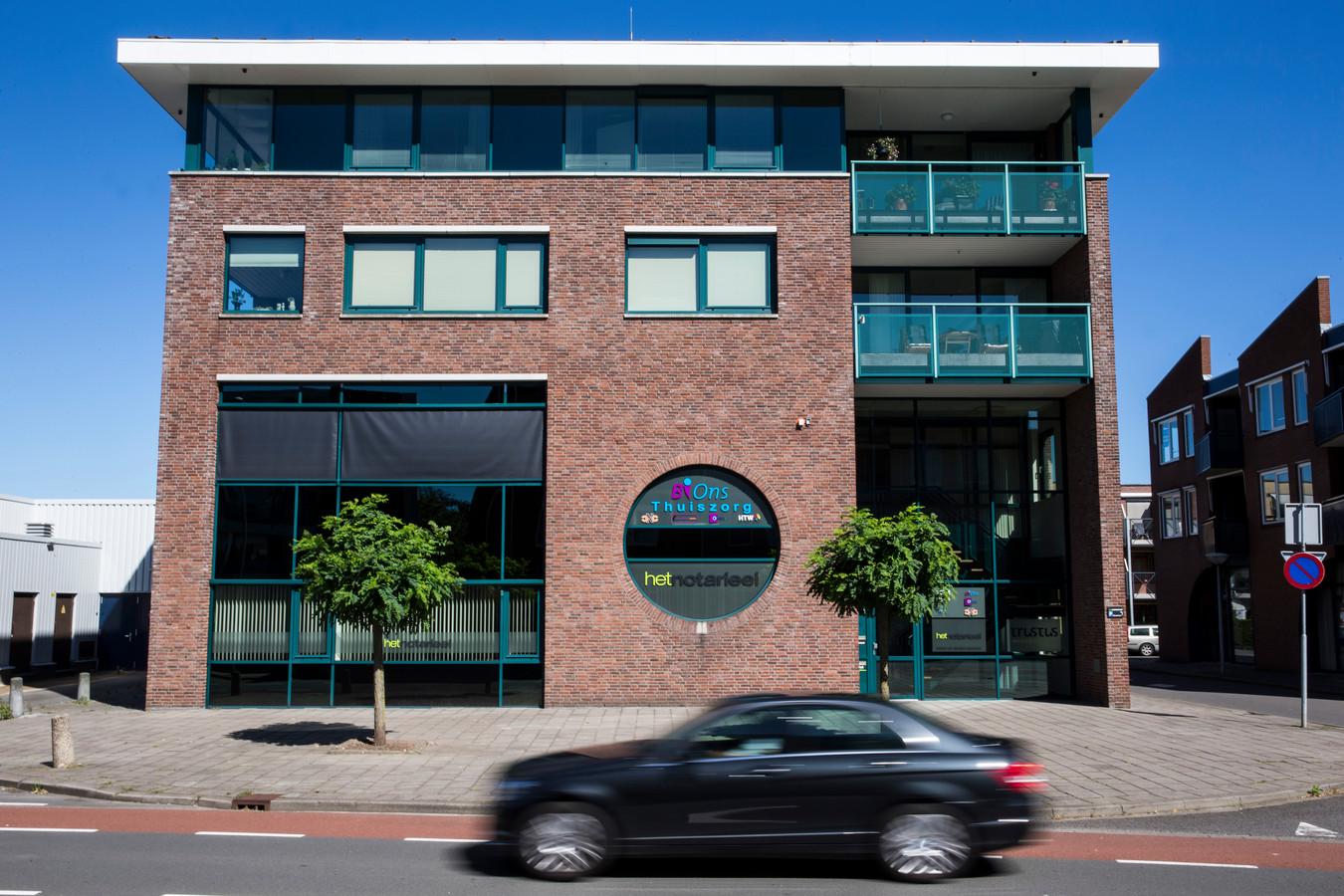 Exterieur van het kantoorpand van thuiszorgbedrijf Bions en het failliete thuiszorgbedrijf Solace ATC in Rijssen.