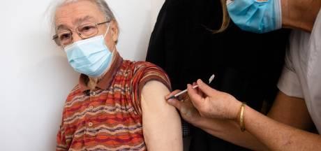 Les Bruxellois de plus de 60 ans qui n'ont pas reçu d'invitation à se faire vacciner priés de s'inscrire