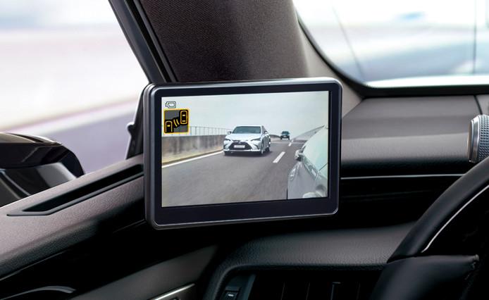 Schermen en camera's vervangen de buitenspiegels