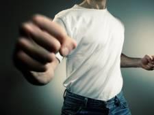 Man in elkaar getrapt op Kruisstraat in Eindhoven, verdachten spoorloos