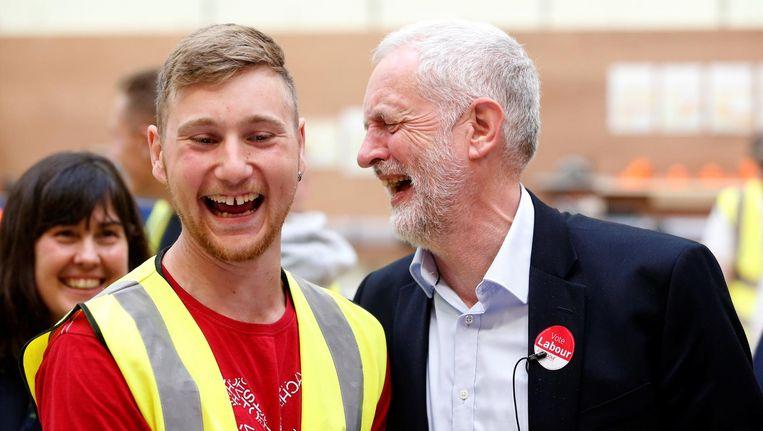 Corbyn op campagne in Derwentside. Beeld reuters