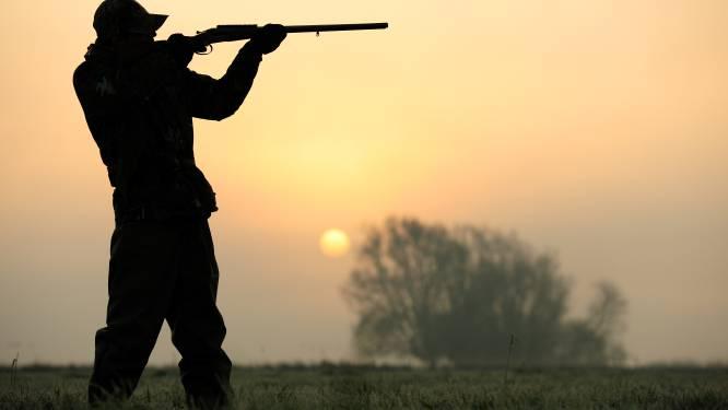 """""""La chasse devrait être interdite le dimanche et les jours fériés"""""""
