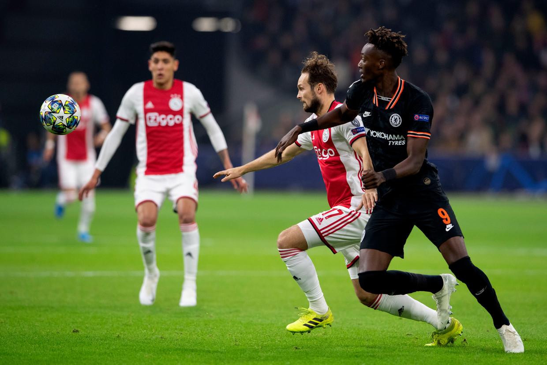 Ajax neemt het op tegen Chelsea. Beeld ANP