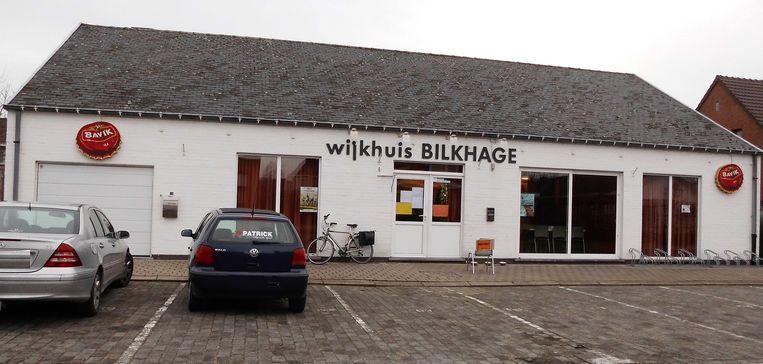 De vergadering vindt plaats in stedelijk ontmoetingscentrum De Bilkhage.