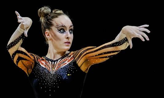Céline van Gerner in actie op onderdeel vloer tijdens de toestel finale in het SSE Hydro tijdens het EK turnen tijdens Glasgow 2018.