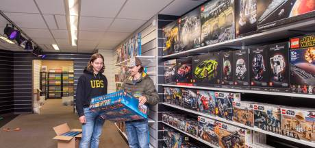 Tim en Steven maken hun Lego-droom waar en openen Brick Store in Oosterhout