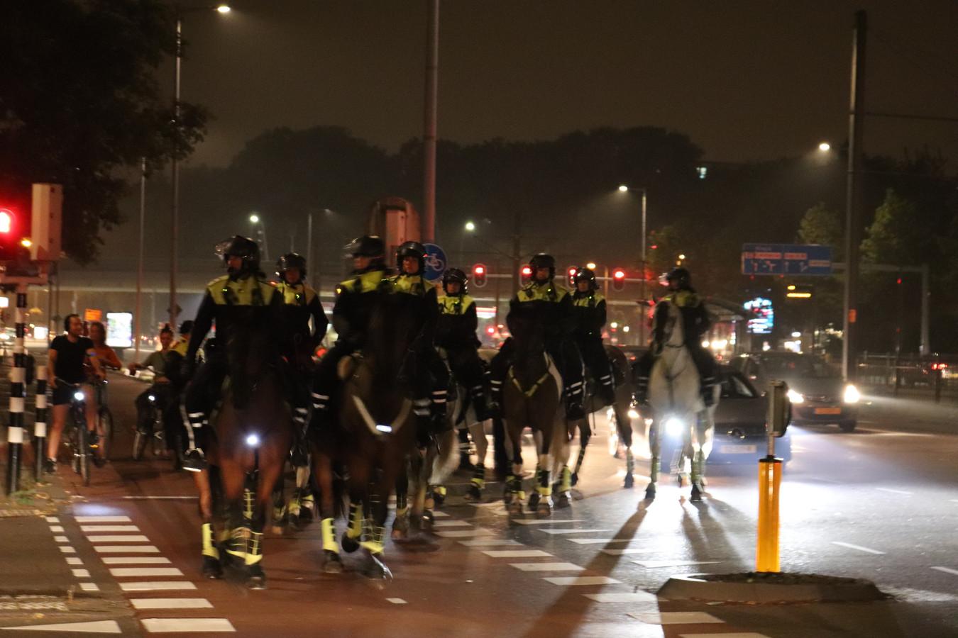 In de Utrechtse wijk Kanaleneiland nabij gelegen aan het 24 Oktoberplein in Utrecht was het onrustig