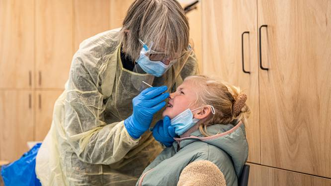 """Kwart van 390 geteste leerlingen in Wommelgem besmet: """"Ze zien er heel gezond uit, maar dat is net het probleem"""""""