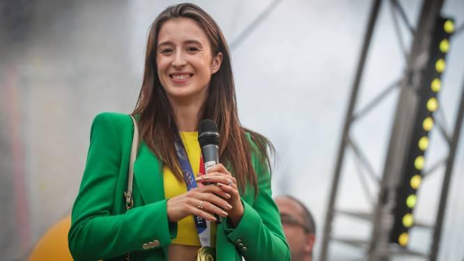 Nina Derwael en Lon Polleunis zijn officieel ereburgers van Sint-Truiden