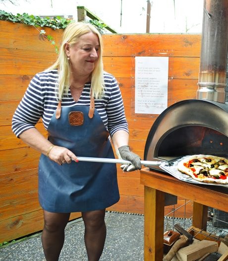Anne-Marie's pizza's brengen Italië naar Ellemeet