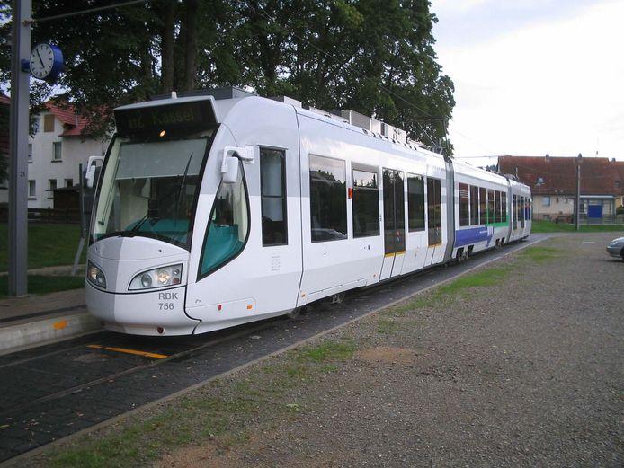Tussen Nijmegen en Kleef moet een lightrail tramtrein gaan rijden, vindt de PvdA.  Foto VIEV
