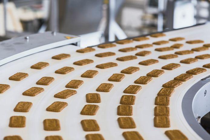 Een productielijn van Lotus Bakeries.