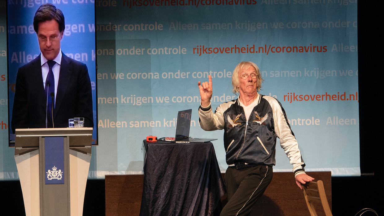 Freek de Jonge: De Loterij - SHOW - (Nederland - 2021) - Caption: Freek de Jonge Beeld VPRO