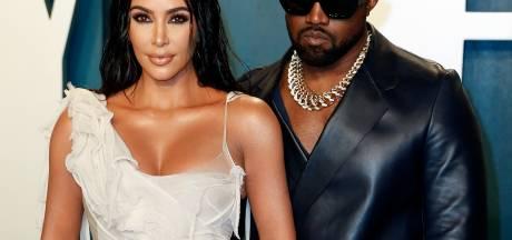 Kanye geeft Kim Kardashian hologram van overleden vader cadeau