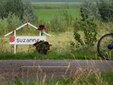 Onpeilbaar verdriet na de brute dood van Suzanne (17): 'Deze leugen zal aan hem vreten'