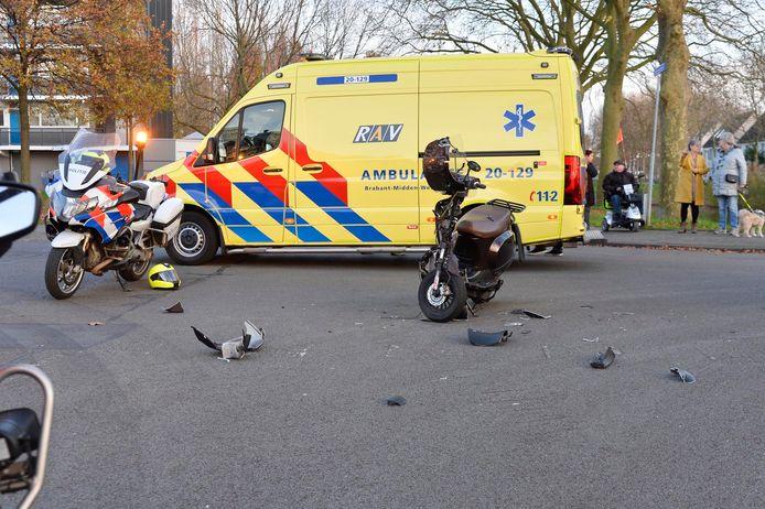 Gewonde bij botsing op de Zandhovenstraat in Breda.