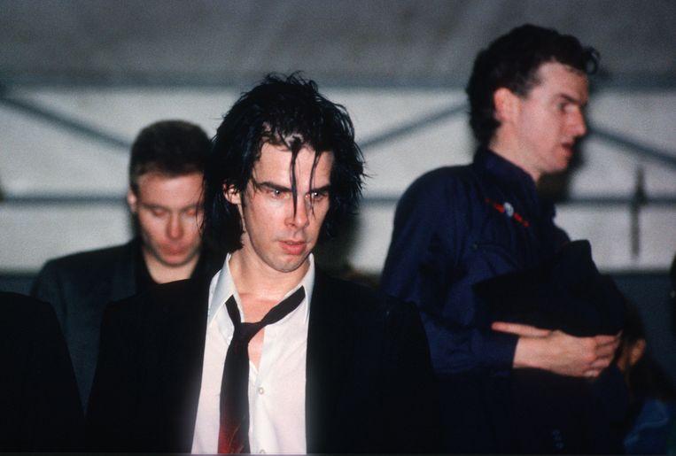 Nick Cave and the Bad Seeds net na hun Pukkelpop-concert in 1990. Beeld Getty Images
