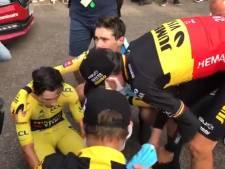 La terrible image de Roglic réconforté par ses coéquipiers après avoir perdu son maillot jaune