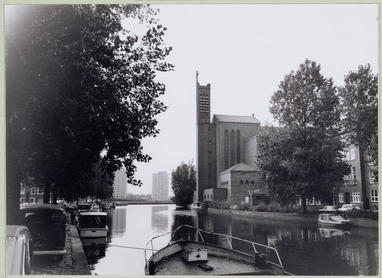 De achterzijde van de Augustinuskerk in 1974. Beeld Stadsarchief