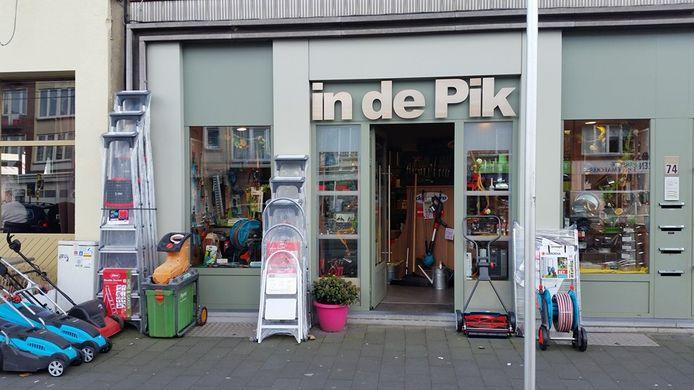 In de Pik ijzerwarenwinkel Mortsel.