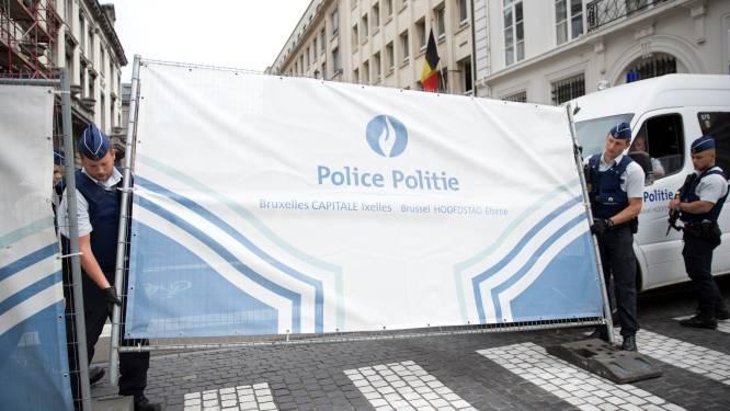 Zes arrestaties in onderzoek naar machete-aanval op agentes in Charleroi