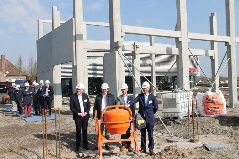 Nieuwe porsche garage en showroom ingelmunster regio hln for Garage volkswagen munster
