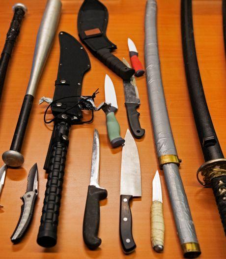 Tien steekwapens ingeleverd tijdens inleveractie Hilversum