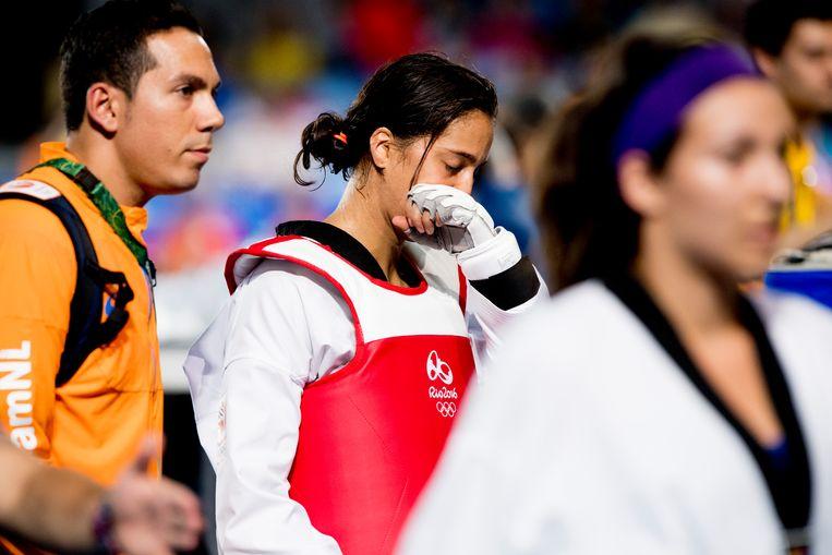 Reshmie Oogink tijdens de kwartfinale taekwondo tegen Jackie Galloway uit de VS op de Olympische Spelen van Rio.  Beeld Hollandse Hoogte /  ANP