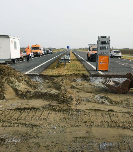 N61 afgesloten, in Turkeye worden ze gek van het verkeer