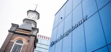 Openbaar Ministerie: tbs overvaller slijterij Enschede met 2 jaar verlengen