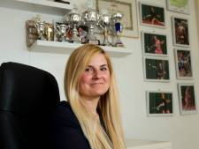 De dochter van Laura is 15 jaar en nu al toptennisster: 'Ze moet gewoon haar diploma's halen'