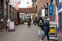 Het winkelcentrum in 's-Gravenzande. Kleinere winkelcentra in de regio voorzien op den duur alleen in de dagelijkse behoefte van de eigen inwoners, verwacht econoom Cor Molenaar.