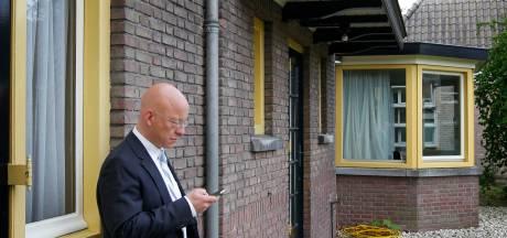 Burgemeester Houben van Nuenen steeds verder in het nauw gedreven