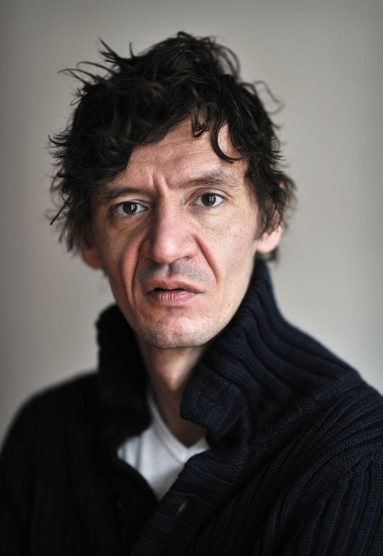 Peter Buwalda. Beeld Joost van den Broek / de Volkskrant