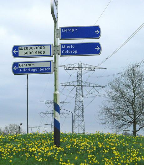 Woning blijft bij hoogspanningsmast in Helmond