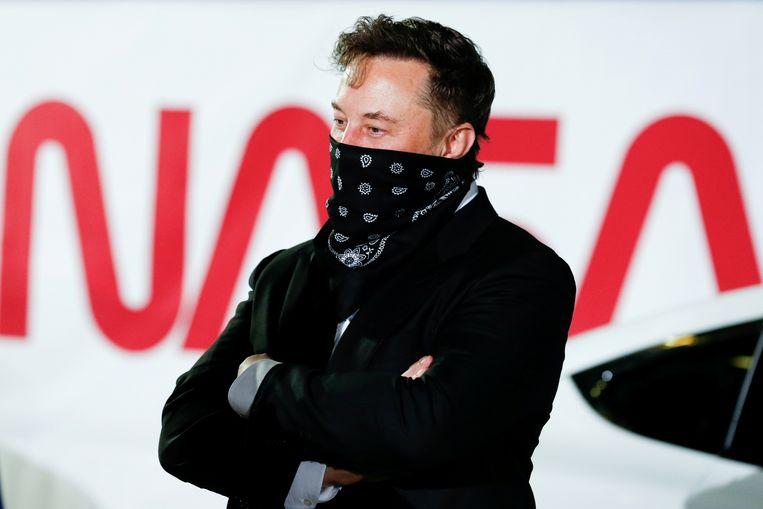 SpaceX-CEO Elon Musk gooide nog wat olie op het vuur met de tweet: 'Can't get it up (to orbit) lol' Beeld REUTERS