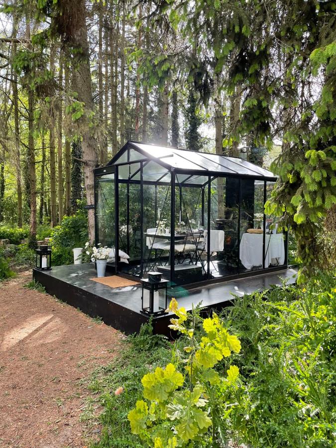 J'ai mangé dans une serre en pleine nature: c'est l'expérience Antoinette Design.