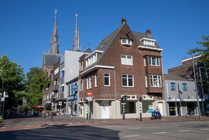Het hoekpand Kerkstraat 17 blijft behouden