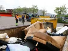 Wéér dikke rijen voor de milieustraat: 'Een uur wachten hebben mensen ervoor over'