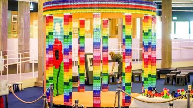 Bouw eens het Albert I-monument en de IJzertoren met kleurrijke Clicformers